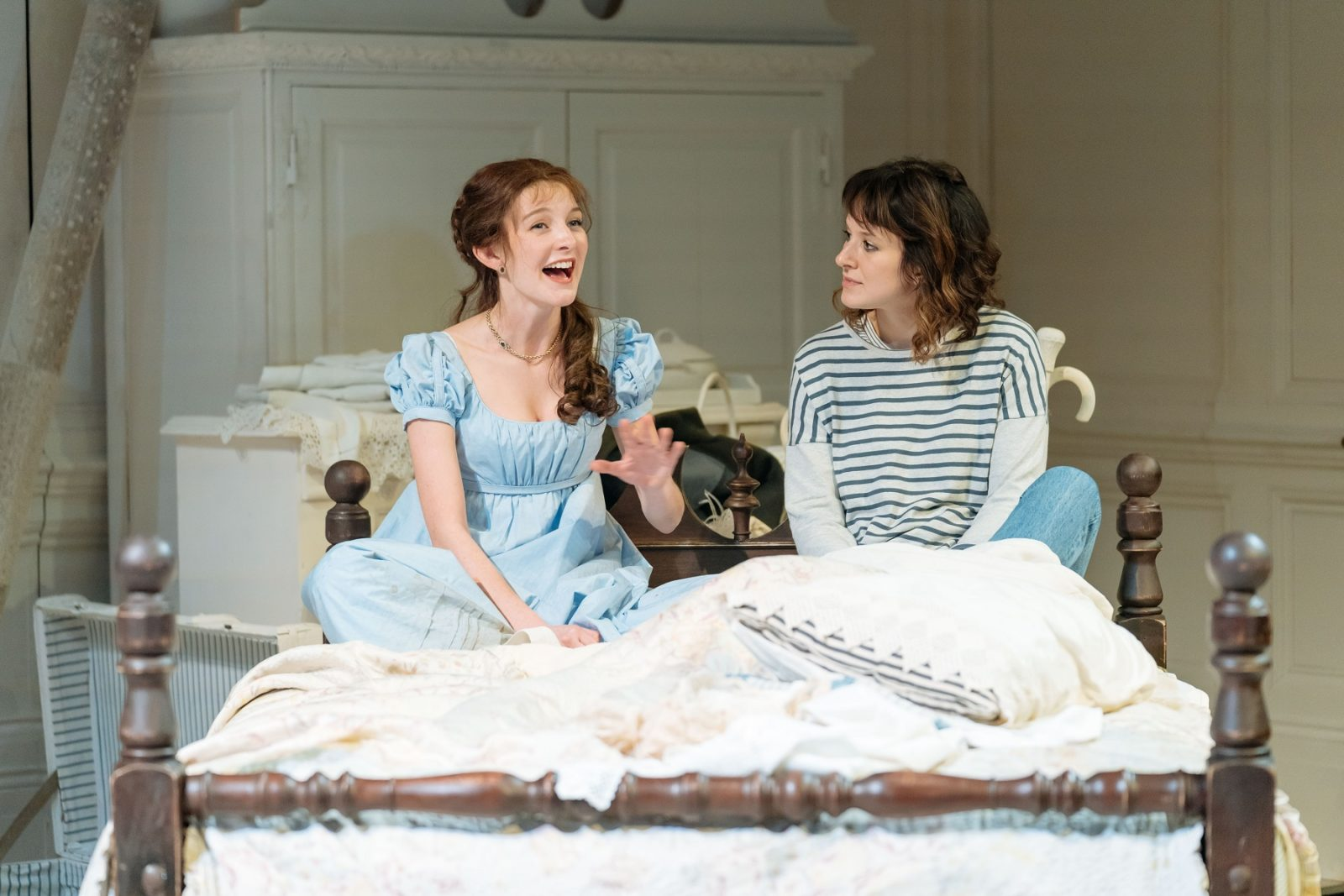 Grace Molony (Emma Watson) & Louise Ford (Laura) in THE WATSONS by Laura Wade at Chichester Festival Theatre. Photo: Manuel Harlan