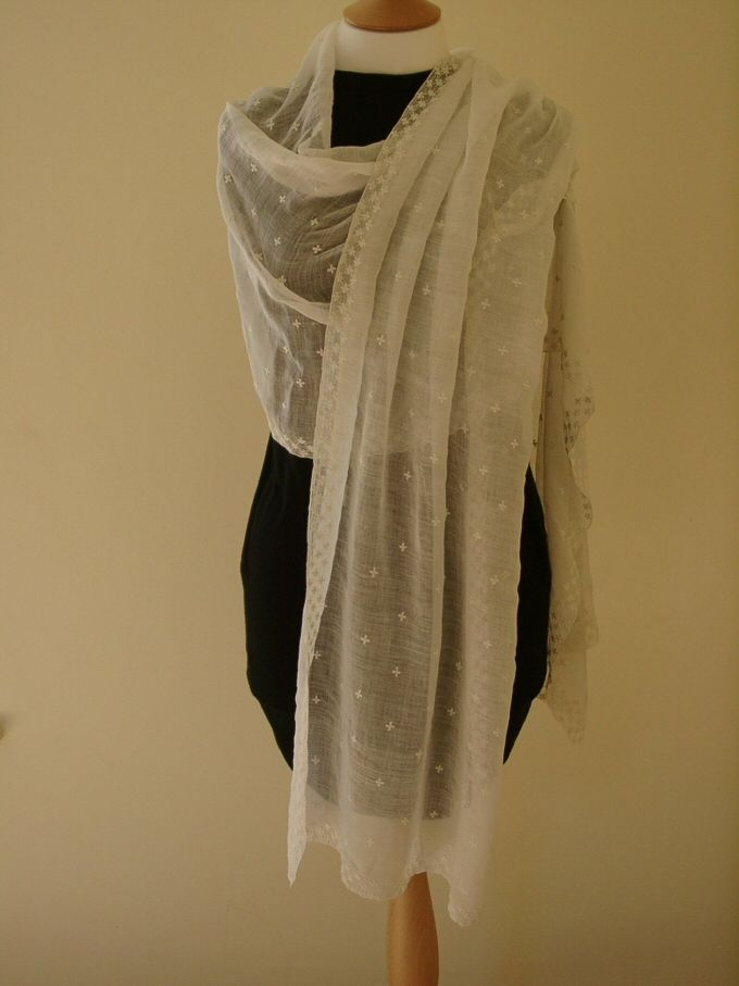 Jane Austen's muslin shawl shown on a mannequin