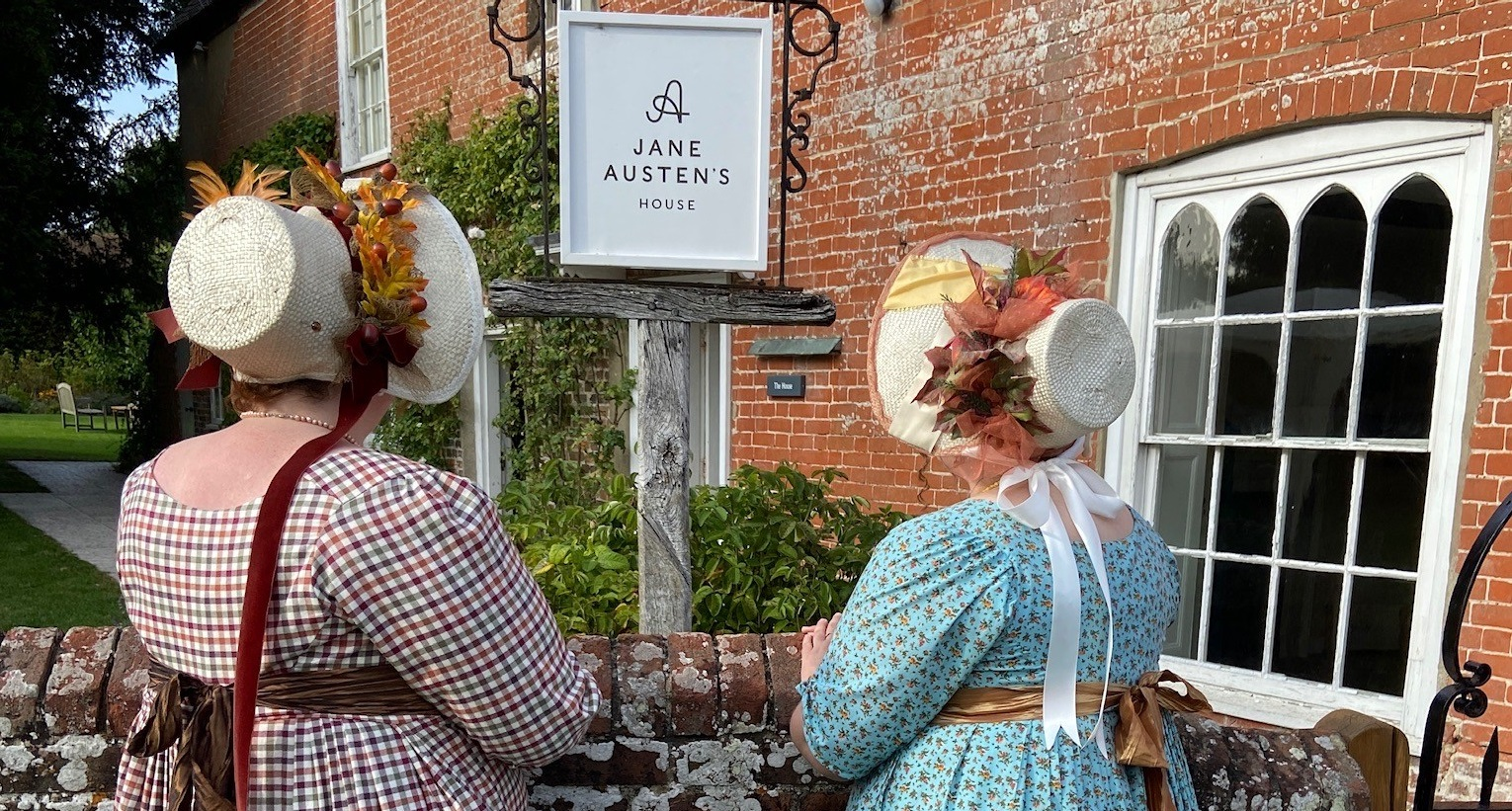 Well-dressed visitors to Jane Austen's House